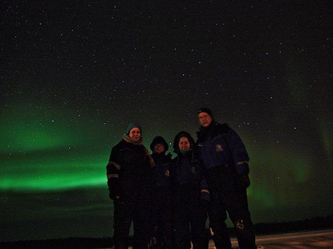 Familie unterm Nordlicht